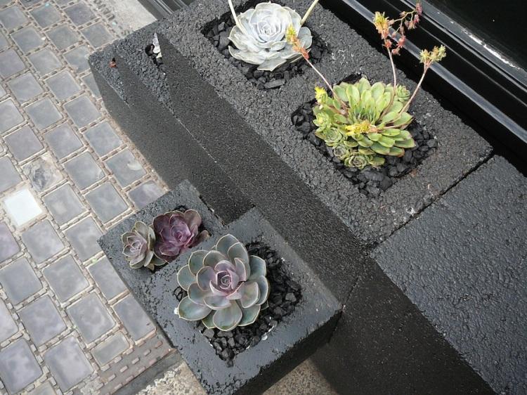 cinderblock garden 4