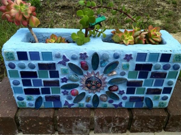 cinderblock garden 6