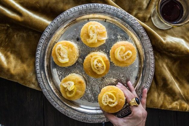 sansas-lemon-cakes